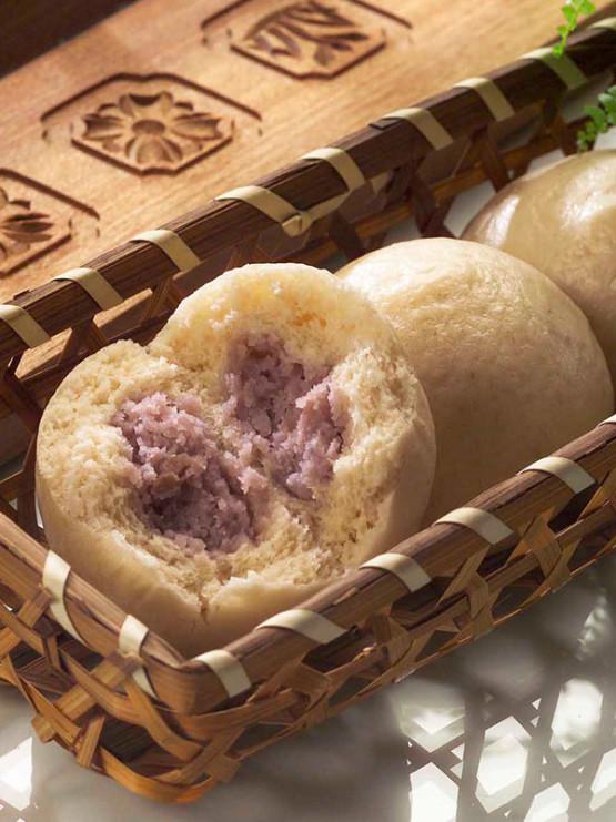 buns with taros-1