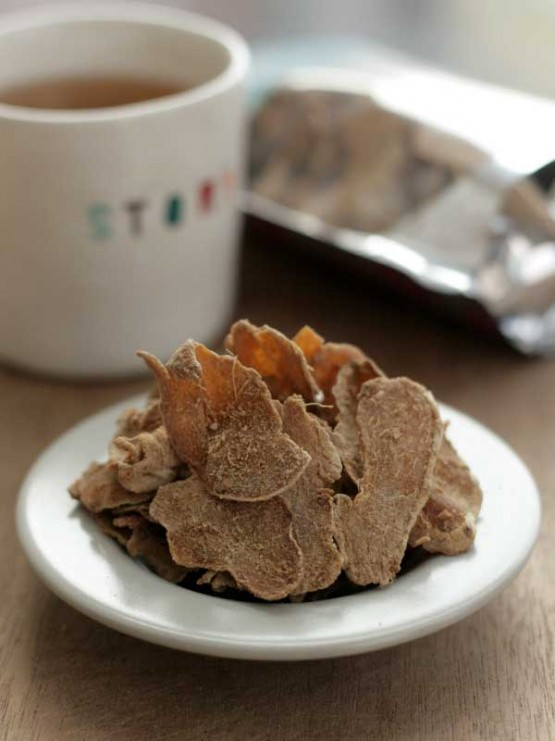 dried-old-ginger-with-black-sugar-2